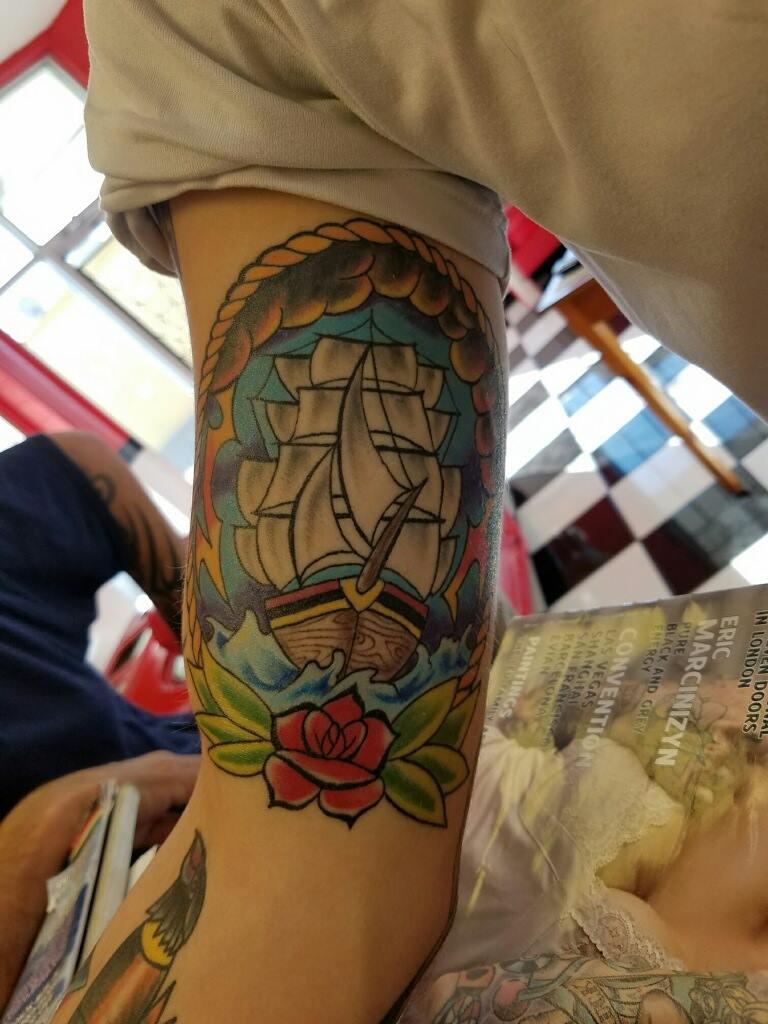 tattoo dans